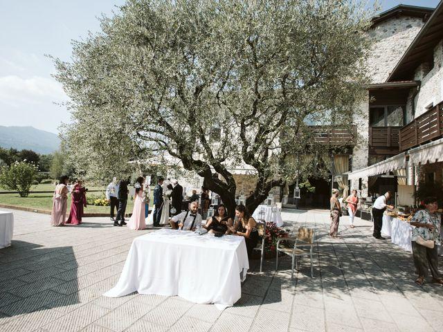 Il matrimonio di Dario e Sharon a Albese con Cassano, Como 186