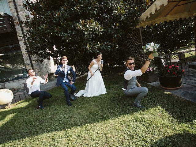 Il matrimonio di Dario e Sharon a Albese con Cassano, Como 211