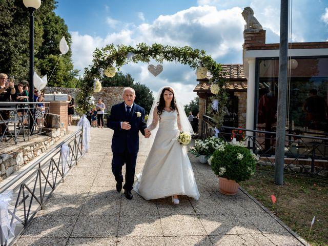 Il matrimonio di Adriano e Chiara a Castelfiorentino, Firenze 40