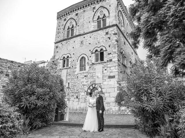 Il matrimonio di Daisy e Sergio a Taormina, Messina 18