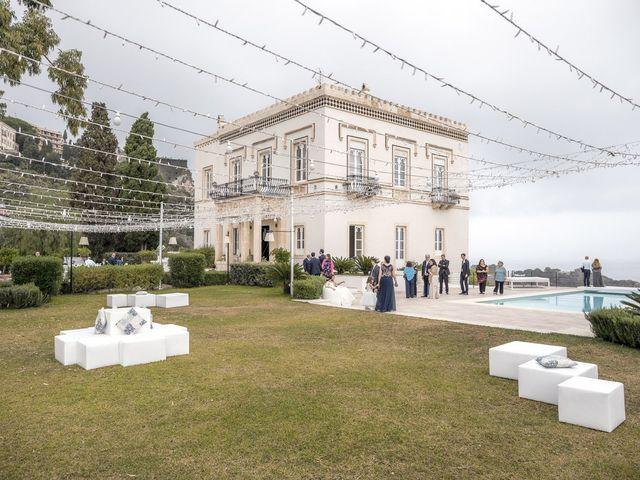Il matrimonio di Daisy e Sergio a Taormina, Messina 29