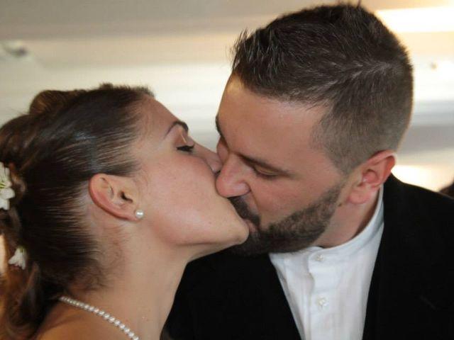 Il matrimonio di Emiliano e Silvia  a Posada, Nuoro 16