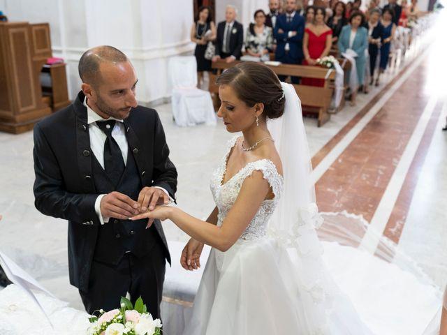 Il matrimonio di Giuseppe e Ilenia a Riesi, Caltanissetta 17