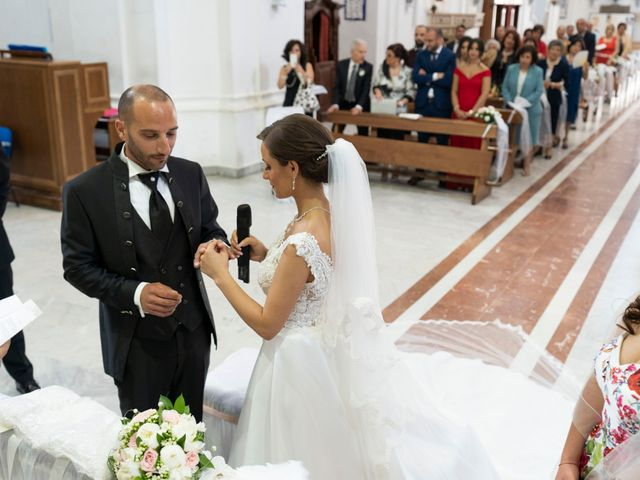 Il matrimonio di Giuseppe e Ilenia a Riesi, Caltanissetta 18