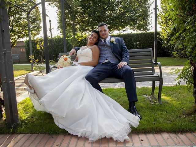 Il matrimonio di Massimo e Laura a Caravaggio, Bergamo 8