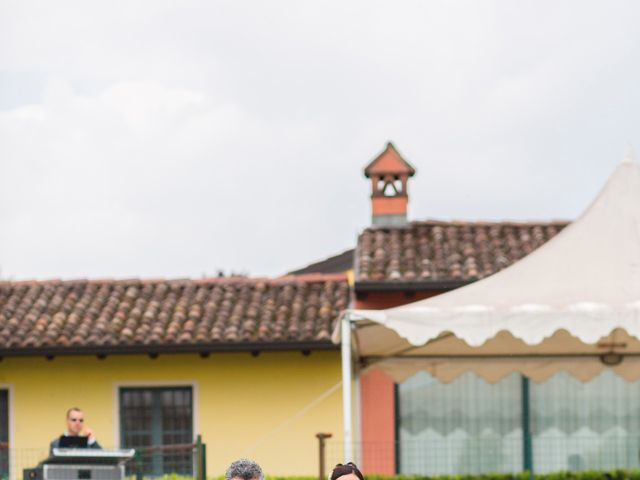 Il matrimonio di Matteo e Valentina a Salvirola, Cremona 40
