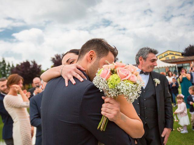 Il matrimonio di Matteo e Valentina a Salvirola, Cremona 42