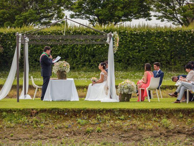 Il matrimonio di Matteo e Valentina a Salvirola, Cremona 49
