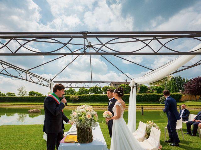 Il matrimonio di Matteo e Valentina a Salvirola, Cremona 52