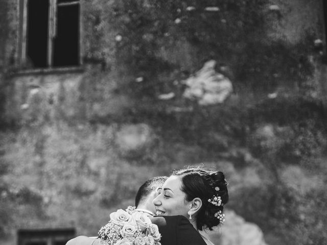Il matrimonio di Matteo e Valentina a Salvirola, Cremona 104