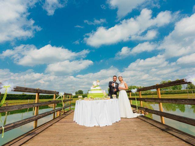 Il matrimonio di Matteo e Valentina a Salvirola, Cremona 130