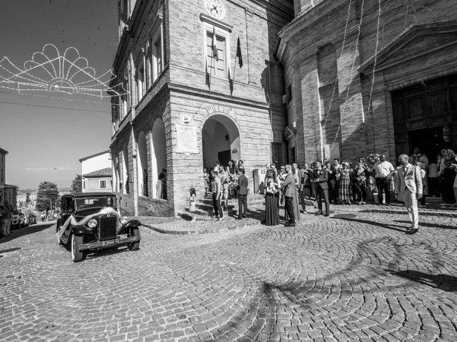 Il matrimonio di Nicola e Elena a Montefano, Macerata 38