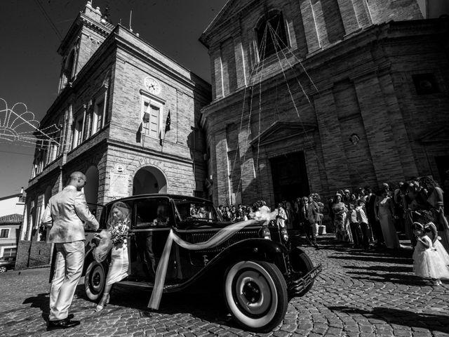 Il matrimonio di Nicola e Elena a Montefano, Macerata 40