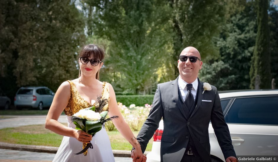 Il matrimonio di Roberto e Oana a Lacchiarella, Milano
