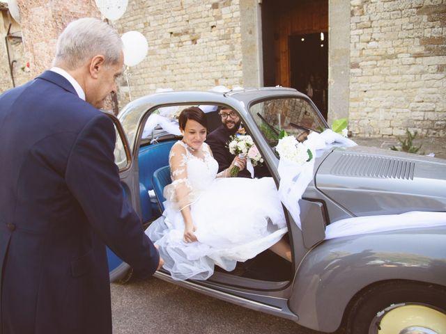 Il matrimonio di Tommaso e Elena a Carmignano, Prato 17