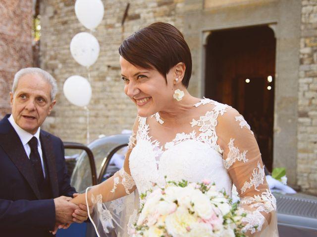 Il matrimonio di Tommaso e Elena a Carmignano, Prato 18