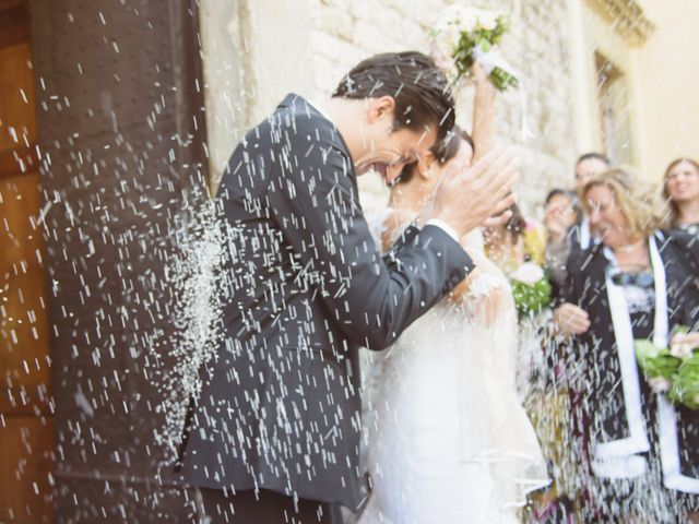 Il matrimonio di Tommaso e Elena a Carmignano, Prato 32