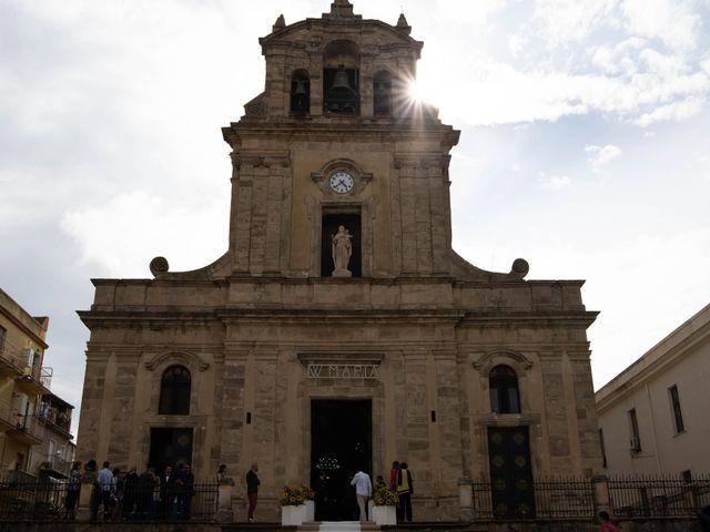 Il matrimonio di Gianpaolo e Jasmine a Mirabella Imbaccari, Catania 24