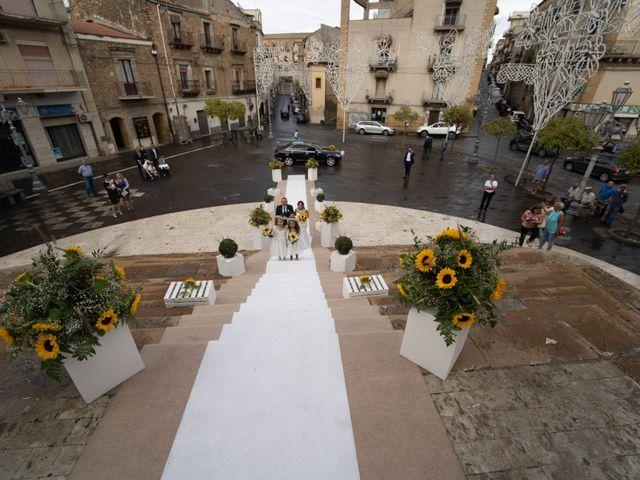 Il matrimonio di Gianpaolo e Jasmine a Mirabella Imbaccari, Catania 26