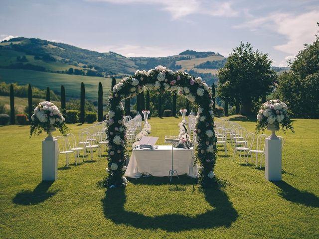 Il matrimonio di Alessandro  e Manuela  a Fossombrone, Pesaro - Urbino 2