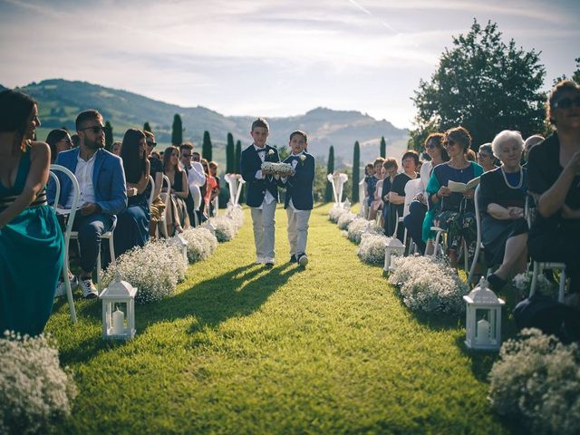 Il matrimonio di Alessandro  e Manuela  a Fossombrone, Pesaro - Urbino 12