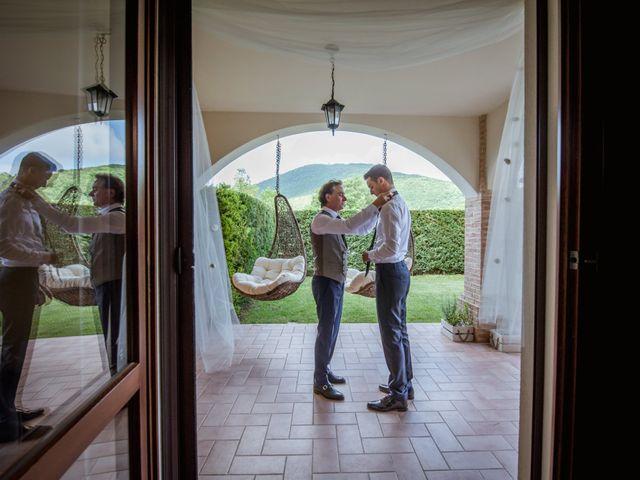Il matrimonio di Fabrizio e Monica a Fabriano, Ancona 20