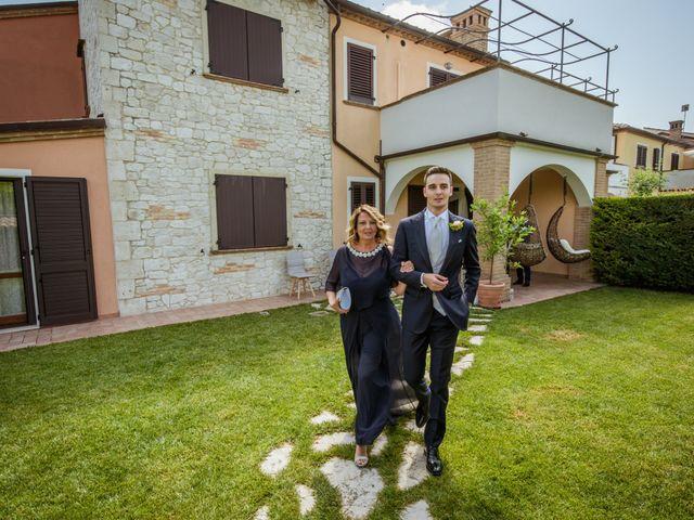 Il matrimonio di Fabrizio e Monica a Fabriano, Ancona 39