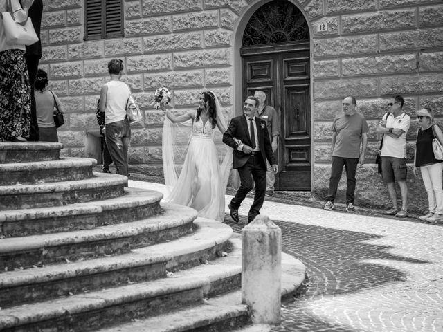 Il matrimonio di Fabrizio e Monica a Fabriano, Ancona 46
