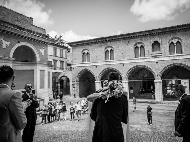 Il matrimonio di Fabrizio e Monica a Fabriano, Ancona 50