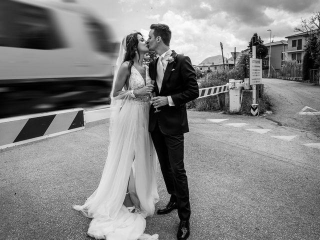 Il matrimonio di Fabrizio e Monica a Fabriano, Ancona 81