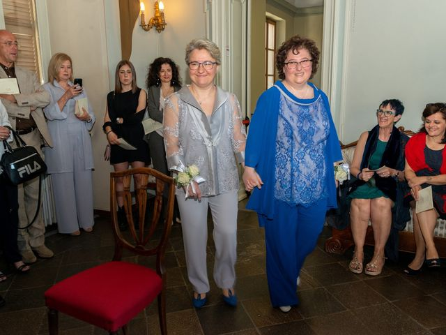 Il matrimonio di Catia e Stefania a San Francesco al Campo, Torino 2