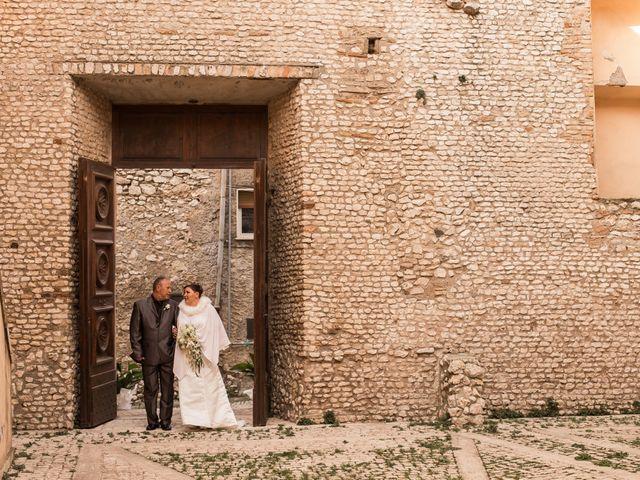 Il matrimonio di Marco e Elisabetta a Guidonia Montecelio, Roma 13