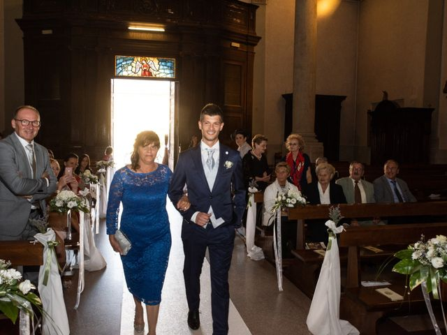 Il matrimonio di Stefano e Silvia a Ozzero, Milano 9
