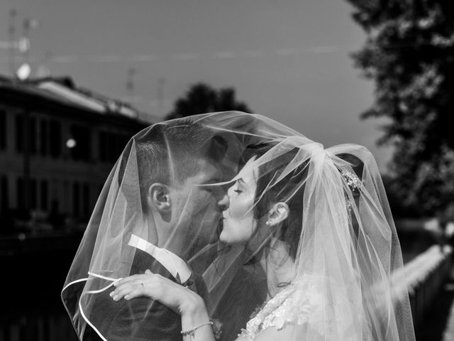 Il matrimonio di Stefano e Silvia a Ozzero, Milano 16