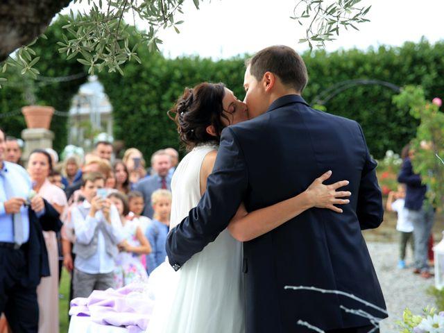 Il matrimonio di Andrea e Veronica a Cislago, Varese 43