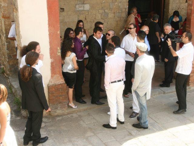 Il matrimonio di Simone e Valentina a Montemurlo, Prato 12