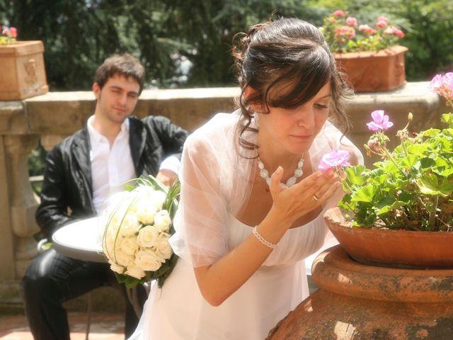 Il matrimonio di Simone e Valentina a Montemurlo, Prato 219