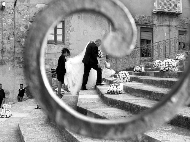 Il matrimonio di Alessandro e Valentina a Canicattì, Agrigento 33