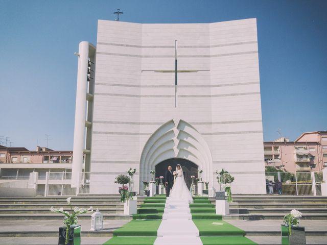 Il matrimonio di Giuseppe e Miriana a Porto Empedocle, Agrigento 16