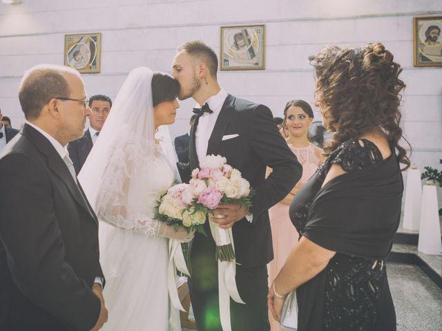 Il matrimonio di Giuseppe e Miriana a Porto Empedocle, Agrigento 17