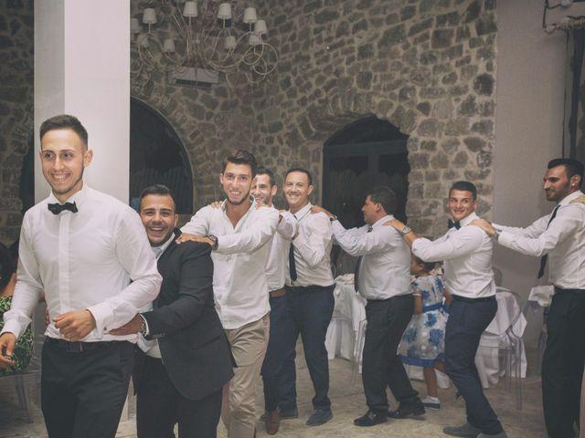 Il matrimonio di Giuseppe e Miriana a Porto Empedocle, Agrigento 25