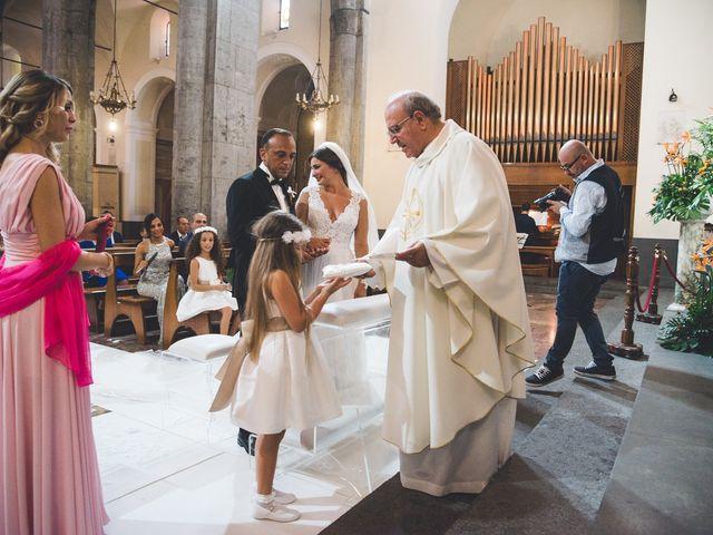 Il matrimonio di Vincenzo e Veronica a Frattamaggiore, Napoli 22