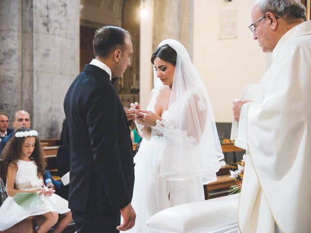 Il matrimonio di Vincenzo e Veronica a Frattamaggiore, Napoli 23
