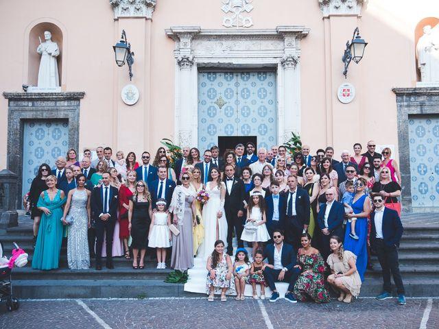 Il matrimonio di Vincenzo e Veronica a Frattamaggiore, Napoli 24