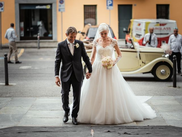 Il matrimonio di Luca e Stefania a Racconigi, Cuneo 71