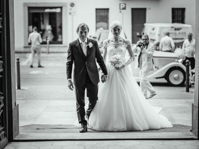 Il matrimonio di Luca e Stefania a Racconigi, Cuneo 72