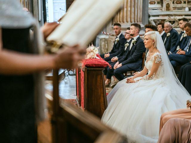 Il matrimonio di Luca e Stefania a Racconigi, Cuneo 82