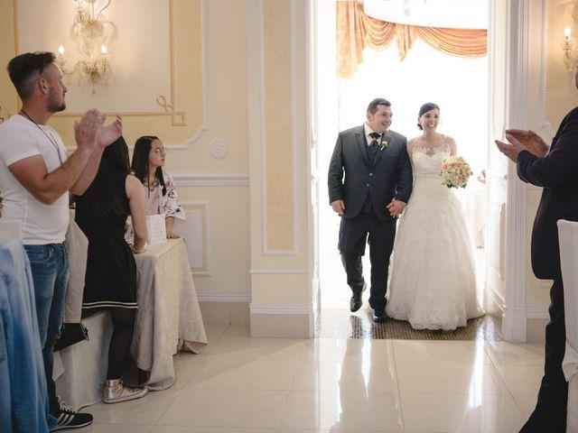 Il matrimonio di Domenico e Antonella a Moiano, Benevento 18