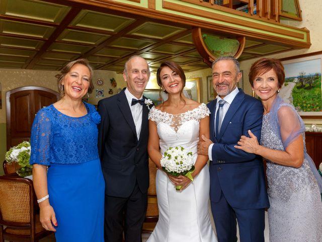 Il matrimonio di Giuseppe e Serena a Triggiano, Bari 19
