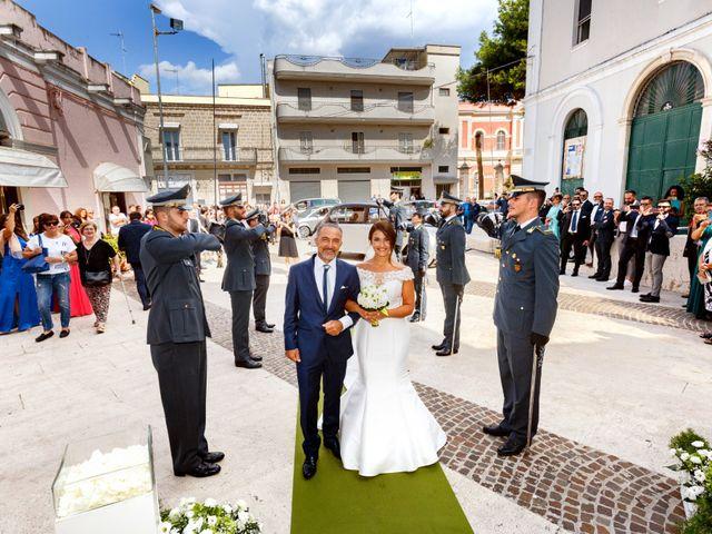 Il matrimonio di Giuseppe e Serena a Triggiano, Bari 26